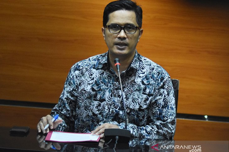 KPK amankan Rp200 juta terkait OTT Wali Kota Medan