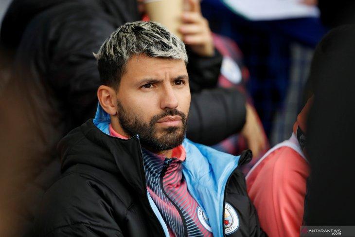 Penyerang Manchester  City Sergio Aguero alami kecelakaan mobil