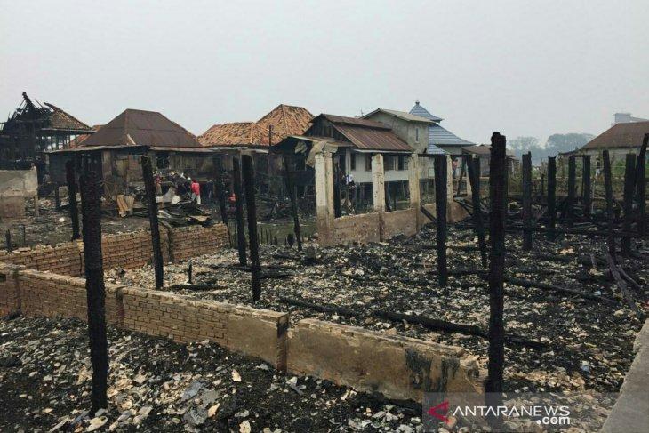 Rumah orang tua Kapolri ikut hangus akibat kebakaran hebat di Palembang