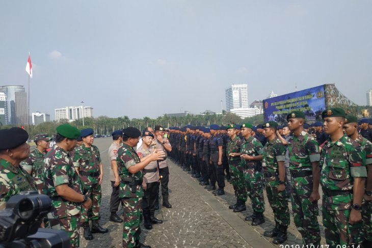 Police chief appeals against mobilizing mass groups