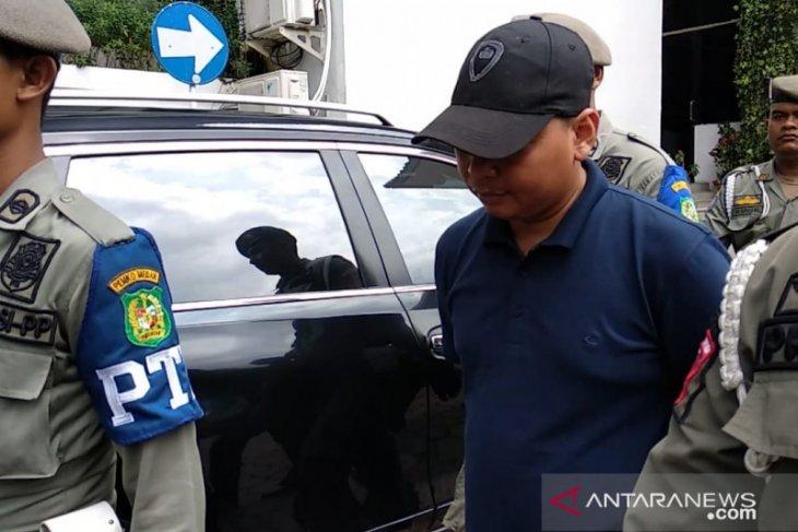 Sempat kabur, staf Wali Kota Medan akhirnya menyerah