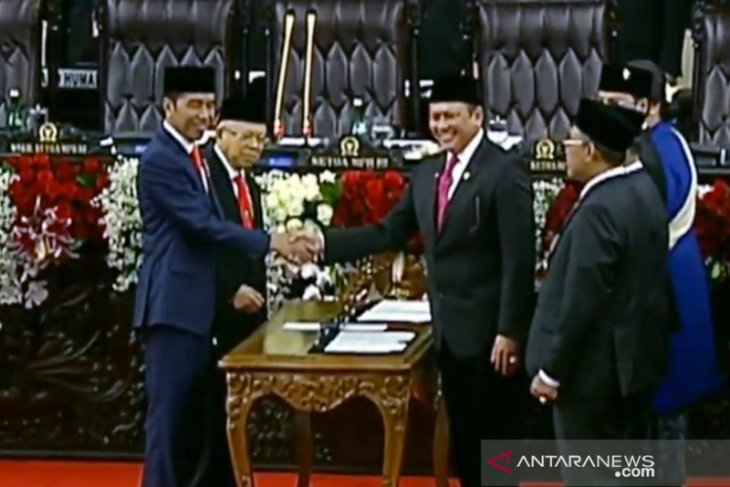 Presiden Jokowi nyatakan penyederhanaan birokrasi