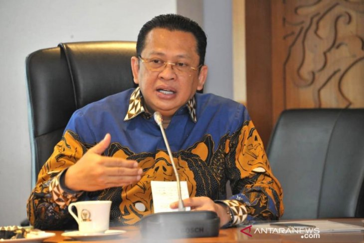 Stability prioritized in Prabowo's inclusion in Jokowi's cabinet: MPR