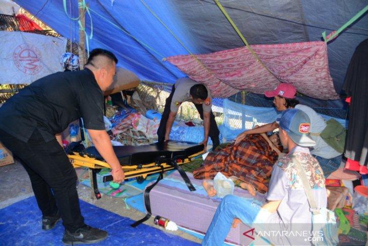 Penderita kanker di pengungsian desa Hunuth bersedia ...