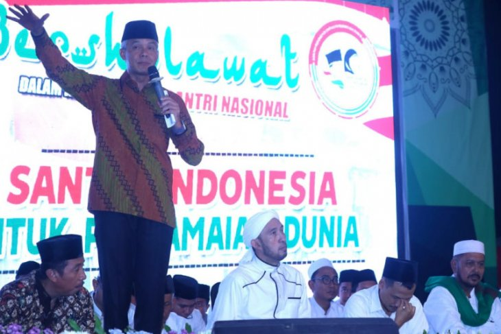 Ganjar Ramalan santri mengenai Prabowo jadi kenyataan