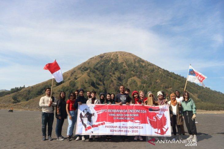 Mahasiswa asing UMM kampanyekan penggunaan bahasa Indonesia sesuai EYD
