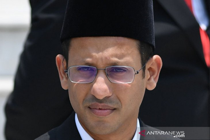 Quality of younger generation should be improved: Minister Makarim