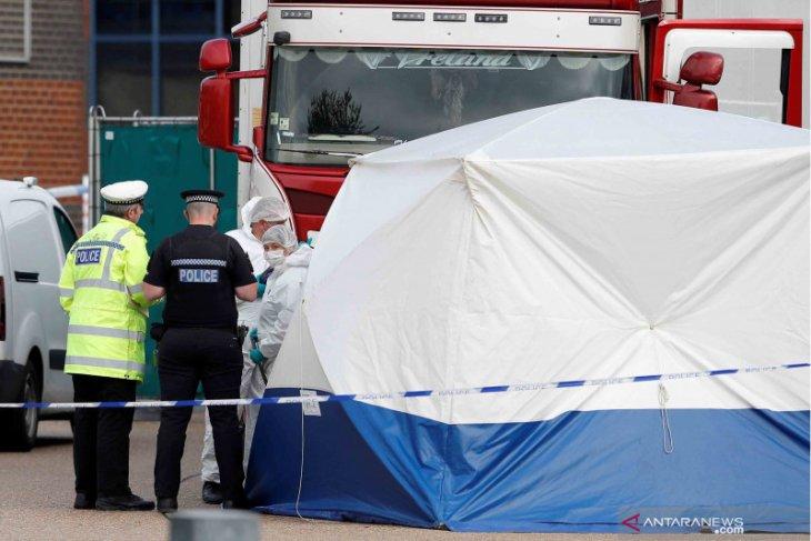 Vietnam percepat identifikasi korban truk di Inggris