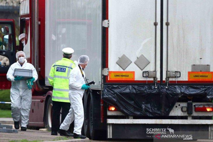 Pria dalam kasus 39 mayat dalam truk di Inggris
