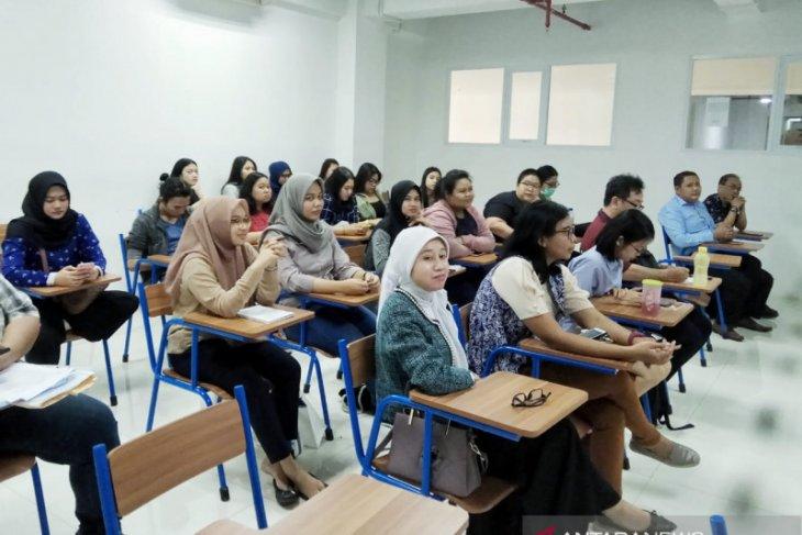 FHB-UPJ gelar webinar diikuti perwakilan 39 universitas