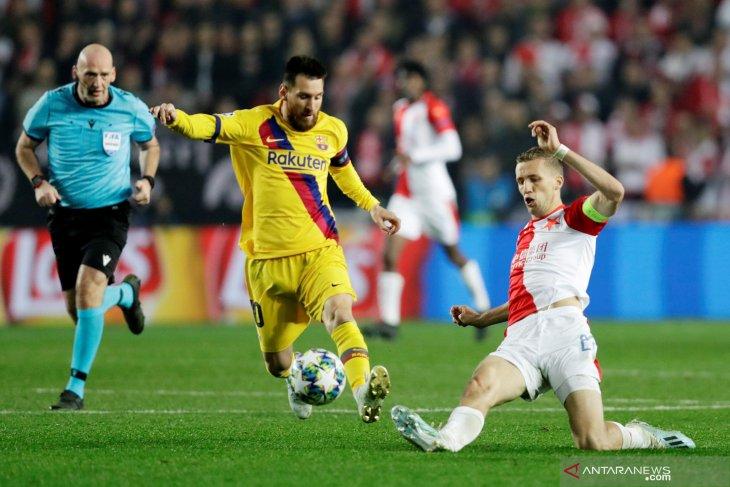 Rekor baru Messi di Liga Champions usai Barca bekuk Slavia