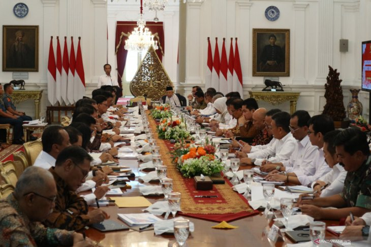 Jokowi chairs foremost plenary meeting of Indonesia Onward Cabinet