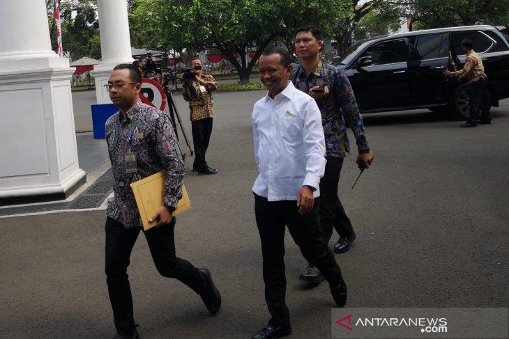 Presiden  gelar sidang paripurna Kabinet Indonesia Maju perdana