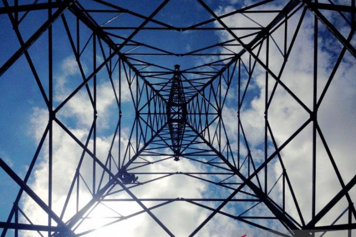 PLN Kalbar rampungkan 2 pembangkit 6 dan Gardu Induk kado HLN ke-74