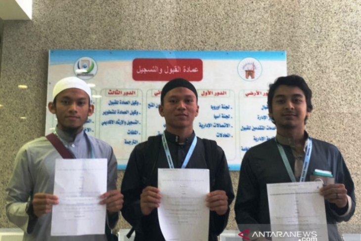 Sembilan putra Aceh lulus pendidikan gratis di Madinah Arab Saudi,  tiga dari Aceh Barat