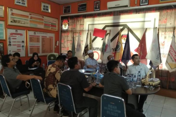 KPU Pandeglang Tetapkan 69.808 Dukungan KTP Calbup Independen