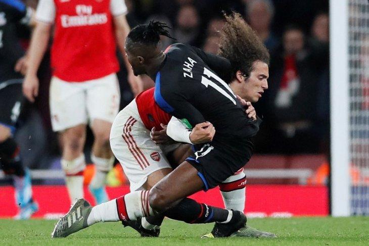 Arsenal buang keunggulan dua gol dan ditahan imbang Palace