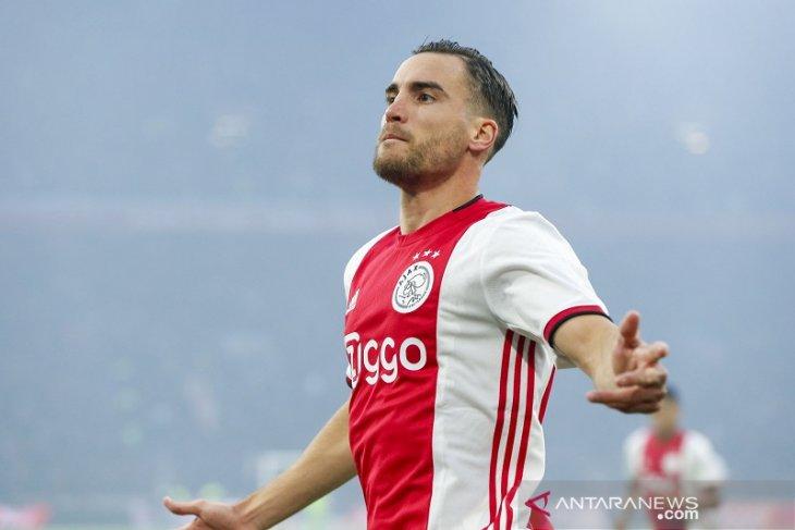 Liga Inggris: Chelsea berminat datangkan bek kiri Ajax