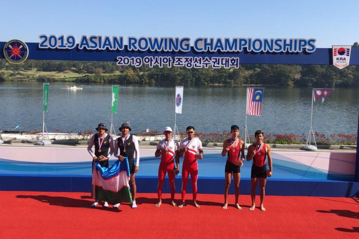 Indonesia raih emas di kejuaraan dayung rowing Asia