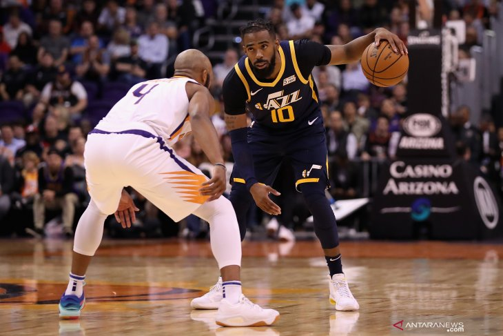 Basket, NBA - Jazz bungkam Suns melalui lemparan bebas detik terakhir