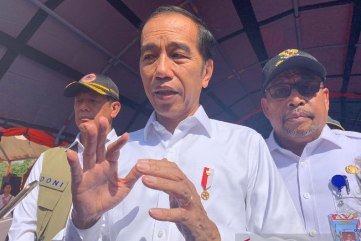 President vows to disburse  aid for  Ambon  building reconstruction