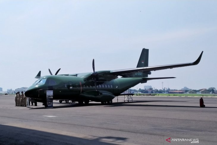 PTDI delivers CN235-220 military transport aircraft to Nepal