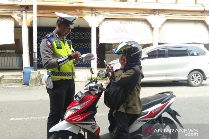 Polda Kalbar catat 27.016 pelanggaran dalam Operasi Zebra Kapuas 2019