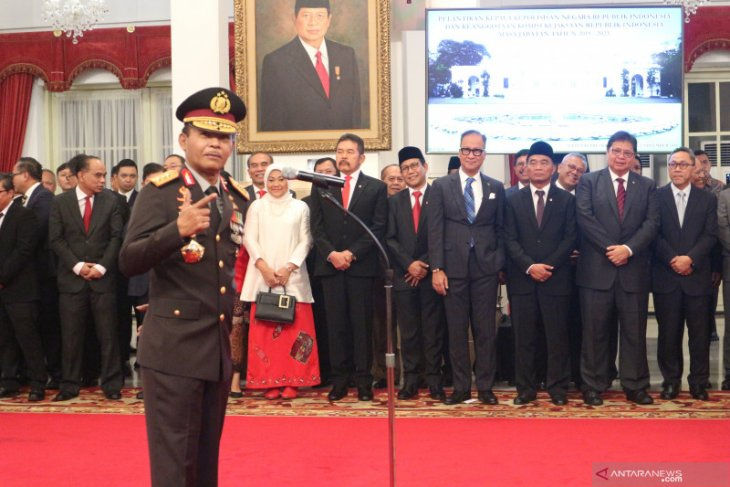 New police chief confirms Jokowi instructed him to continue working