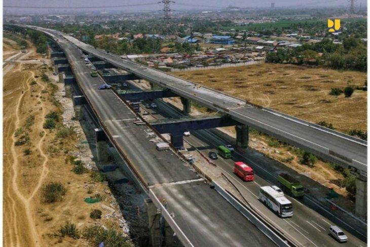 Menhub akan meninjau jalan tol layang Jakarta-Cikampek II