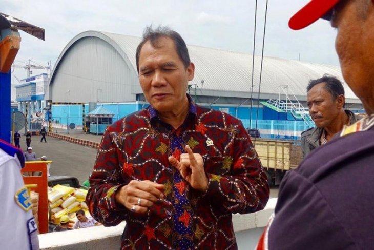 Presiden diminta evaluasi program tol laut