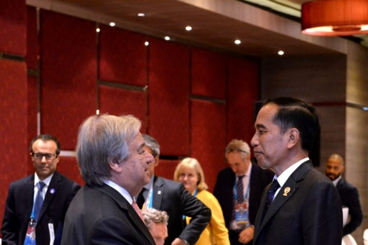 Jokowi attends opening ceremony of 35th ASEAN Summit in Bangkok