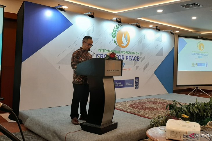 Indonesia urges developing nations to not depend on advanced countries