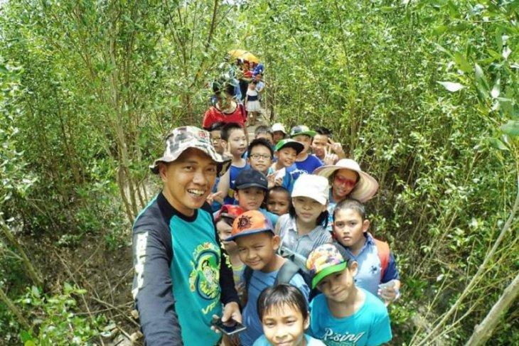 Pahlawan Lingkungan, Fajar Azansyah dibalik Ekowisata Mempawah Mangrove Park