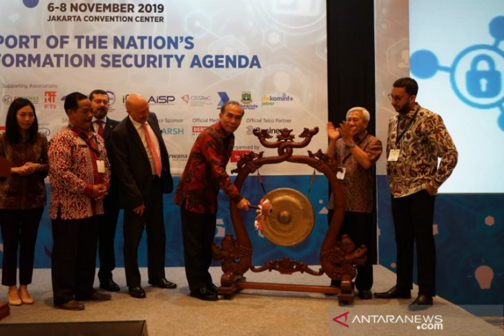 Eight nations participate in Cyber Security, Fintech Show, Jakarta