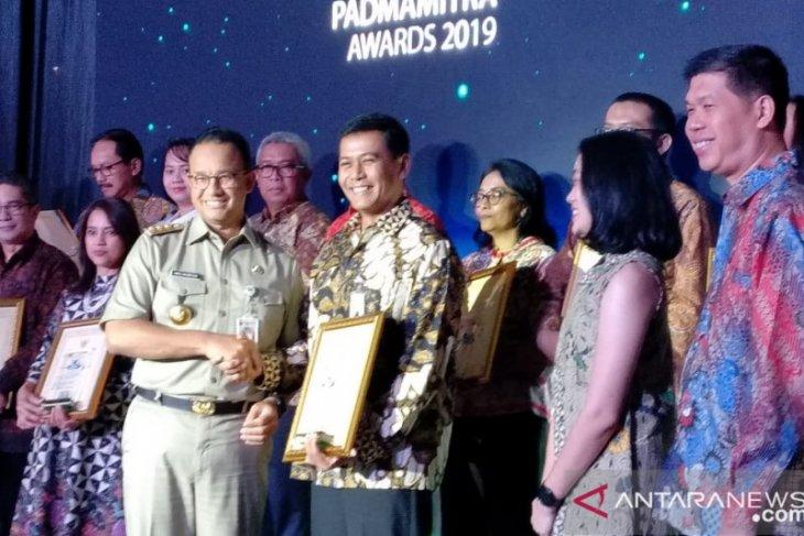 Giat kampanye bank sampah BNI Raih Padmamitra Award 2019