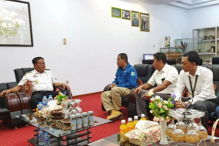 Bupati Sanggau dukung PLN bangun kelistrikan