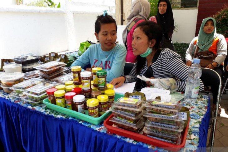 Dinas Perikanan Kediri gelar bazar produk ikan