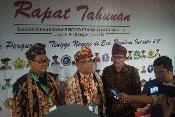 Rektor Unja secara aklamasi  terpilih jadi Ketua BKS Rektor PTN wilayah barat