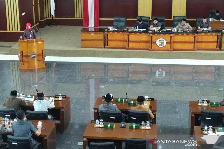 Rapat paripurna DPRD Bogor, Fraksi PDIP sampaikan tiga usulan tentang Raperda