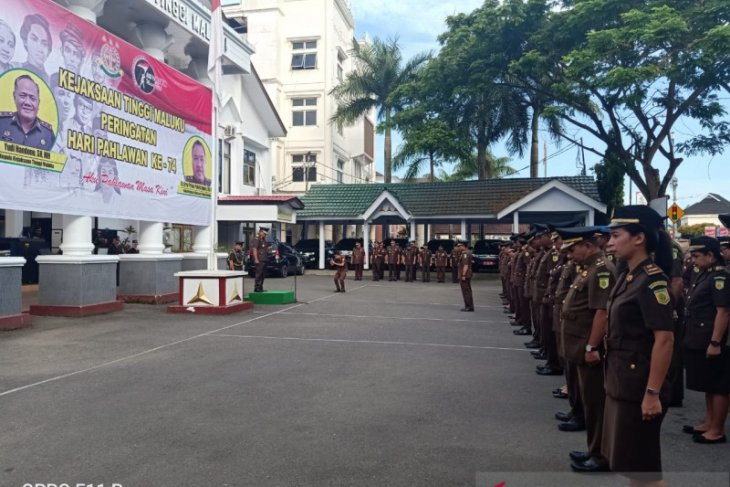 Kajati Maluku  siapa pun bisa jadi pahlawan masa kini