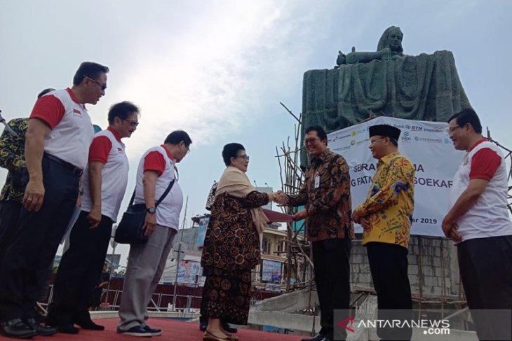 Warga pertanyakan kelanjutan proyek patung Fatmawati