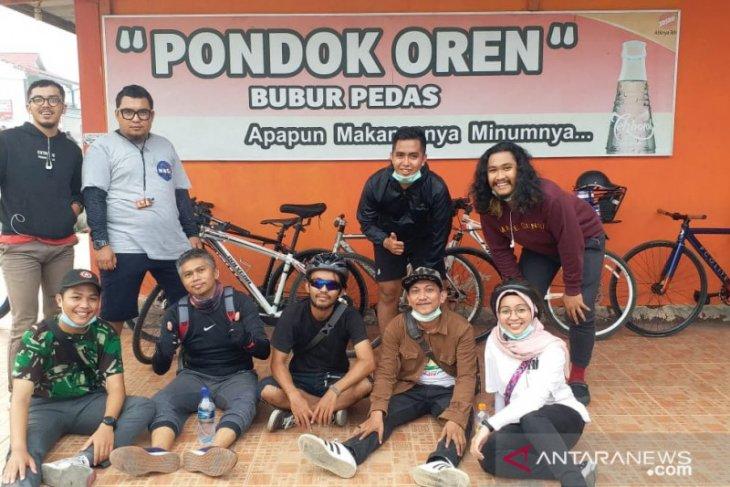 Bersepeda, cara Komunitas Selasar kenalkan destinasi wisata Pontianak