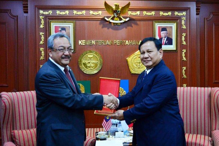 Prabowo Subianto receives courtesy call from Malaysian Ambassador