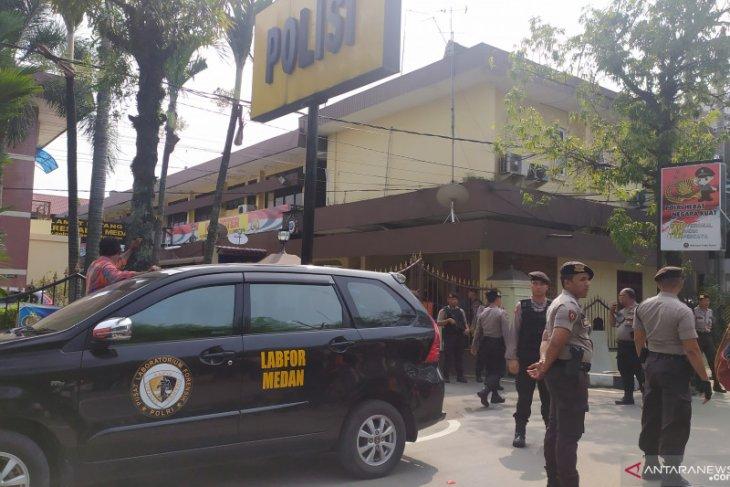 Bom bunuh diri di Polrestabes Medan, 1 personel Kepolisian terluka