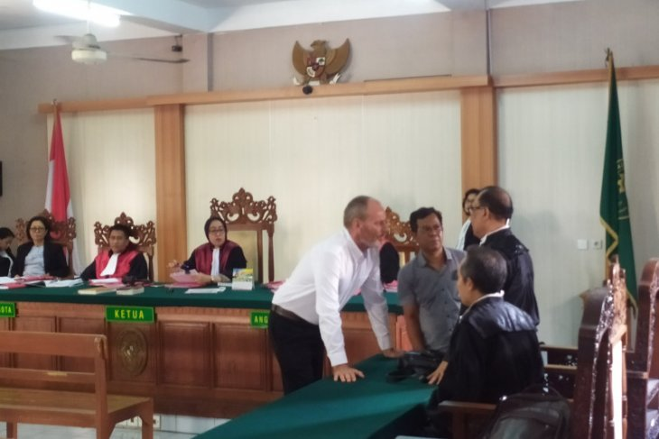 Dutchman gets 2 years jail for animal trading