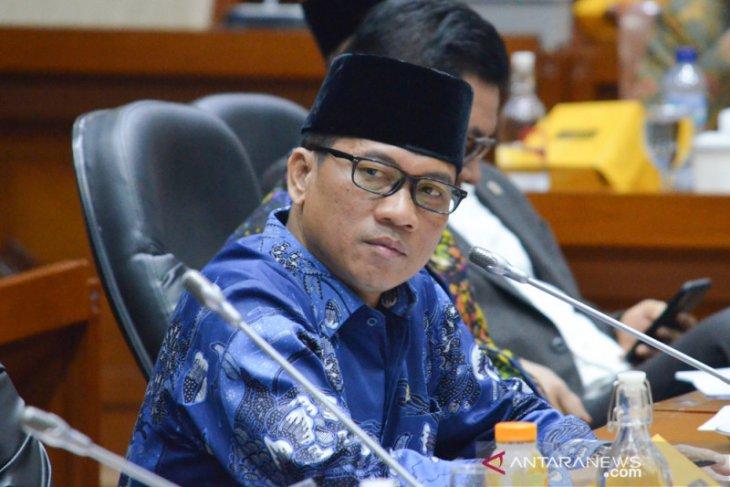Yandri Susanto: PAN tunggu sikap Jokowi buka peluang masuk koalisi