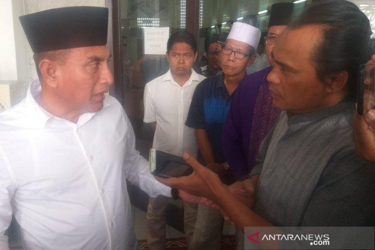 Gubernur Sumut minta polisi usut pembuang bangkai babi di sungai