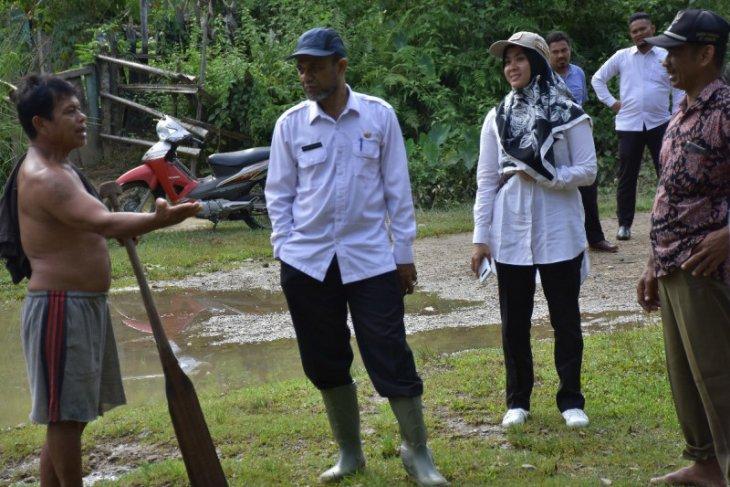 Wabup Aceh Tamiang tinjau lokasi banjir akibat luapan sungai