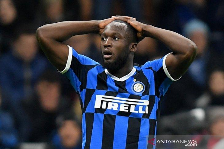 Lukaku minta maaf terkait 23 pemain Inter idap gejala corona