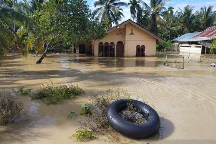 Banjir merendam 10 desa di Nagan Raya Aceh